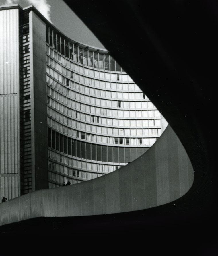 1985-Toronto-City-Hall
