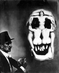 1950-Philippe-Halsman_Dali-akt-koponyája