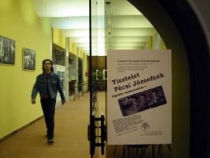 2002.03.21-Kerengő-Galéria-Tisztelet-Pécsi-Józsefnek