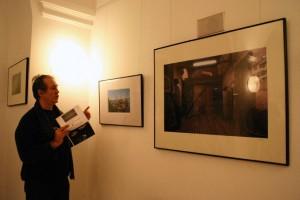 2004.01.17-Eifert-Lóránt-Attila-kiállítását-nyitja-meg