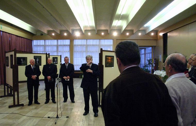 Papp Elek fotókiállításának megnyitója, Győr, 2005.02.25.