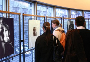 Kalman Eszter és Laki kiállítása, Francia Intézet, 2005. április