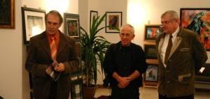 Eifert János köszönti a kiállítót, és a vendégeket, Botond-Béla kiállítása a kerengő galériában, 2005.11.11.
