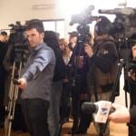 A média a megnyitón (The Kosovo Art Gallery, Pristina, 2009.02.24.)