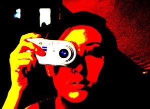 Monhor Viki fotózik a Kreatív Stúdióban (Gyula, 2009. május 30.)