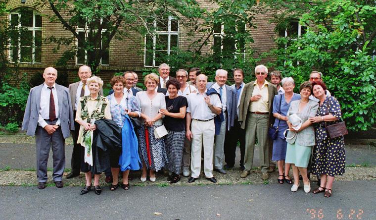 Bethlen Gábor gimnázium, egykori III. B osztály, 1966. június 22.