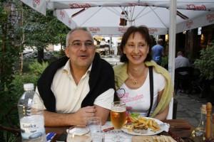 Ildikó másodunakatestvére, férjével