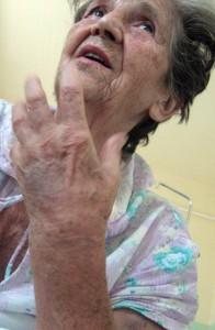 2006-07-28-Anyám-kórházban-05