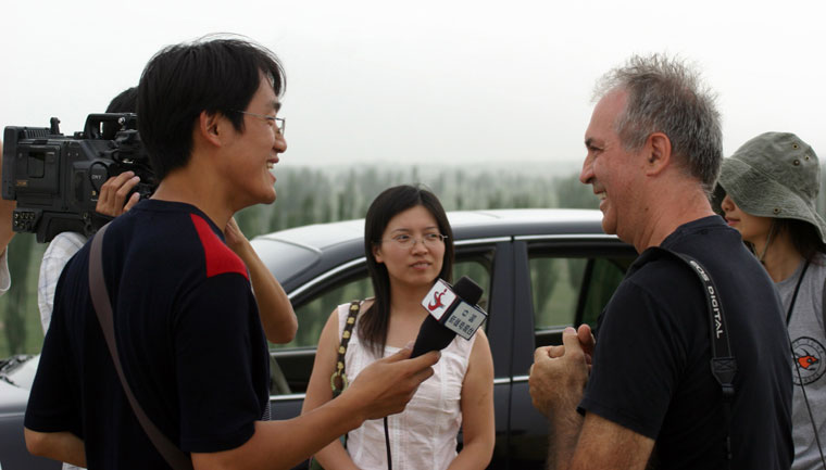 Li Hua-interjút-készít-Eiferttel