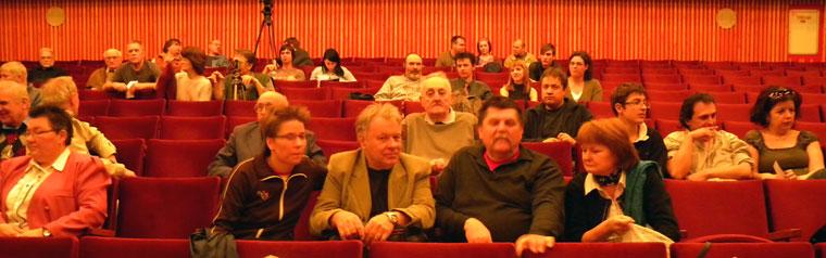 Gyöngyös-digirama-közönség