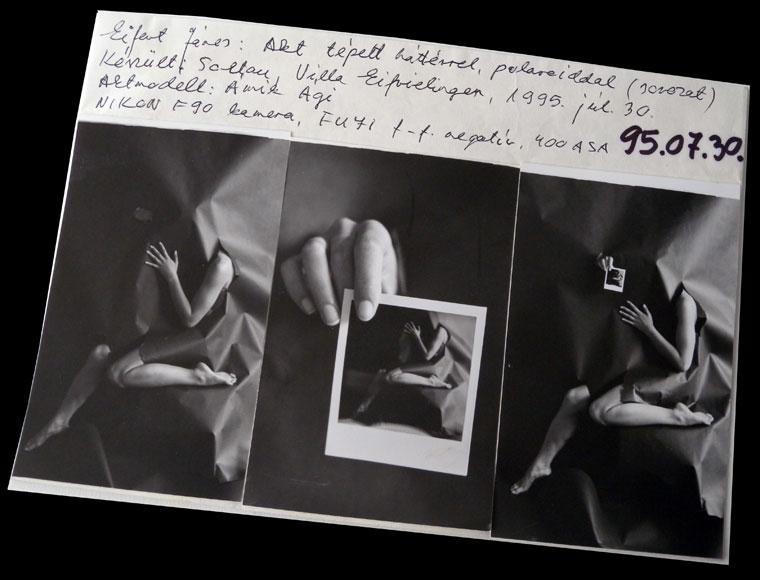1995-07-30-Akt-tépett-háttérrel-polaroiddal