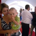 Nagy-Tivadar-kiállítása-anya-gyerekével