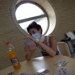 Uzsoki-Kórház-Kata-kártyázik