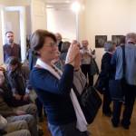FÉNY-Galéria-JEL-kiállítás-közönsége