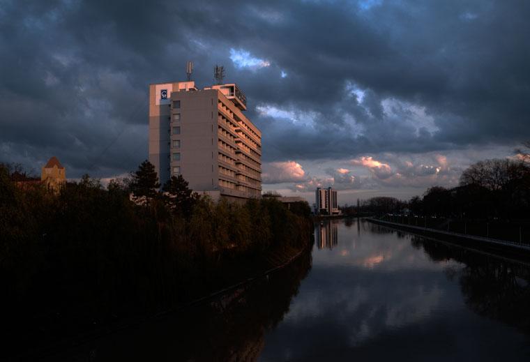 Nagyvárad-Hotel-Continental