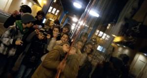 2010.12.06.-Fotóiskola-kirakatüvegnél