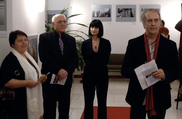 Sebrek-kiállítás-Eifert-megnyit