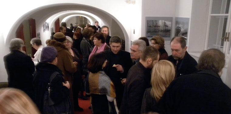 Sebrek-kiállításmegnyitó-közönsége