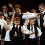 Csillagszeműek-kislegények-tánca