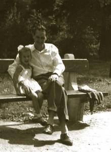 959-Ildikó-édasapjával