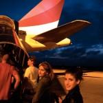 Ildi-Kata-repülőre-száll