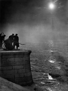 Kozák Lajos: Havat lapátoló munkások a Duna partján, Budapest '30-as évek