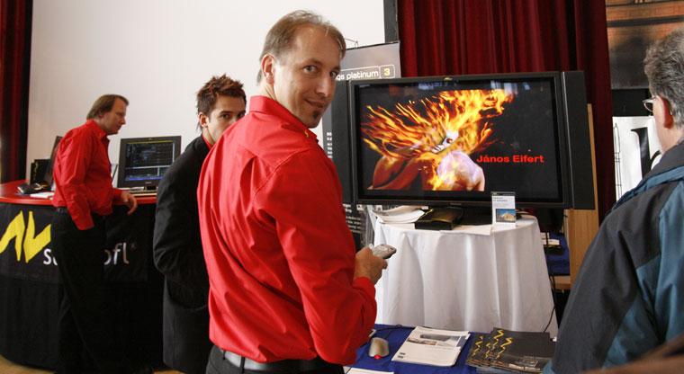 Medienfestival Villingen, a Tűztáncot vetítik a Stumpfl-standon (Photo: Eifert János)