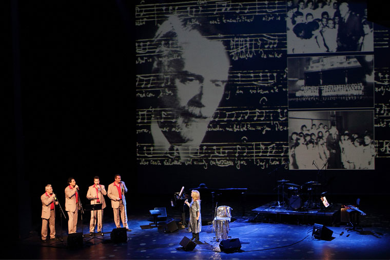 Bódy Magdi koncert, háttérvetítéssel (Művészetek Palotája, 2011. november 27.) Imre Tamás felvétele