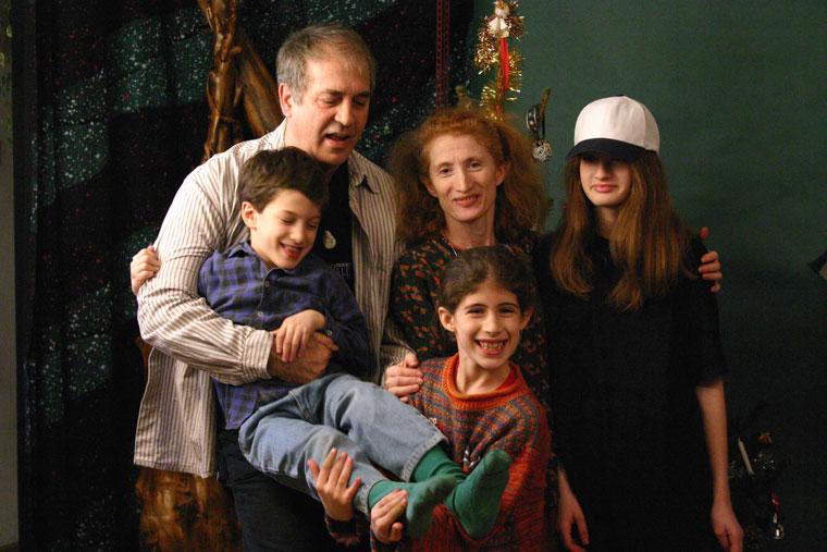 Eifert-Lőrinc család: János, kati, Lili, Andris, Kata (2004.12.05)