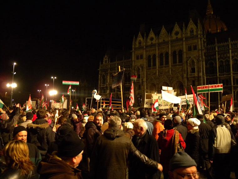 Békemenet a Kossuth-téren  (Photo: Eifert János)