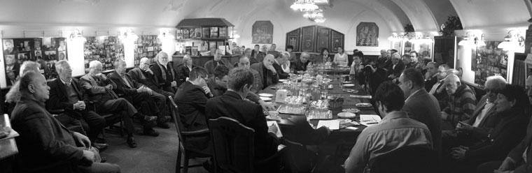 A XXI. Század Társaság összejövetelén
