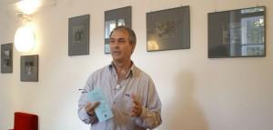 Eifert János, a Kerengő Galéria művészeti vezetője