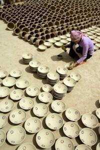 Fazekasmûhely udvarán (China, Xinjiang, 2006.08.11.)