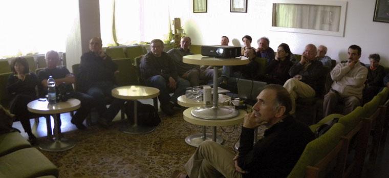 Bakony-Fotóklub-előadásom-hallgatósága