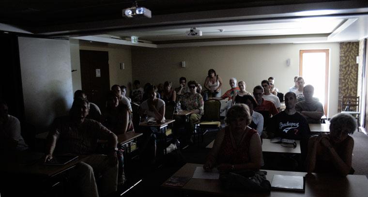 Bánk, Fotós workshop résztvevői előadásomat hallgatják (Photo. Eifert János)