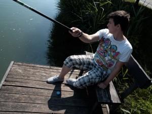 Andris fiam horgászik a Bánki tóban (Photo: Eifert János)