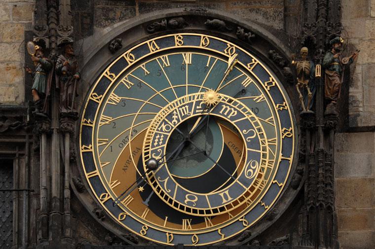 Az Óratorony órája Prágában, az Óvárosi főtéren (Photo: Eifert János)