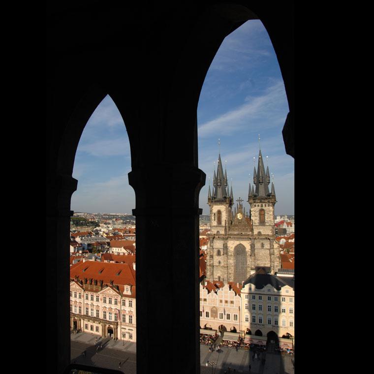 Prága, a Tyn-templom az Óratoronyból (Photo: Eifert János)