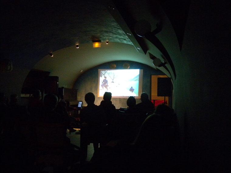 Szilágyi Lenke vetítése Pakisztánról, a Pepita Ofélia bárban (Photo: Eifert János)