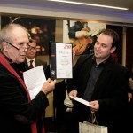 Fagyas Róbert átveszi a díjat Eifert Jánostól (Photo: Kisfaludi István)
