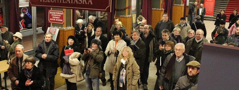 Valóság-és-Illúzió-Megnyitó-közönsége (Photo: Eifert János)