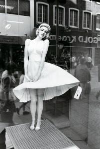 Marilyn Monroe a kirakatban (Aachen, BRD, 1983. szeptember) Photo: Eifert János