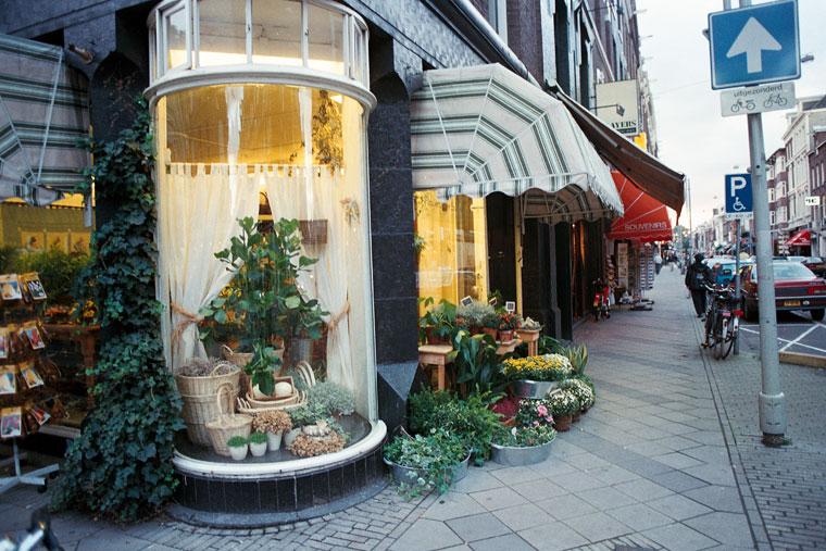 Amszterdam, virágüzlet a sarkon, 1995.09.29. (Photo: Eifert János)
