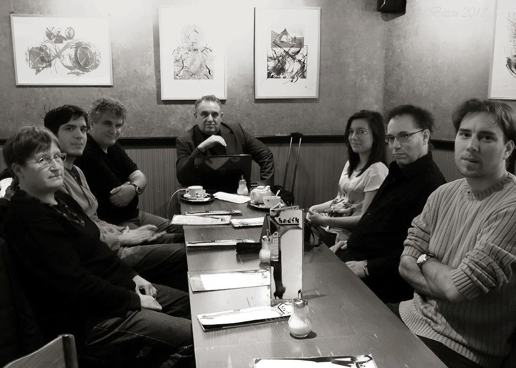 2013.01.11-Fotóakadémia-megbeszélés-Hadik Kávéház 01