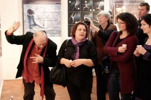 2013.01.29. Eifert bemutatóját Claudia Dolencic, Senka Jurkovic Gros és Iva figyeli