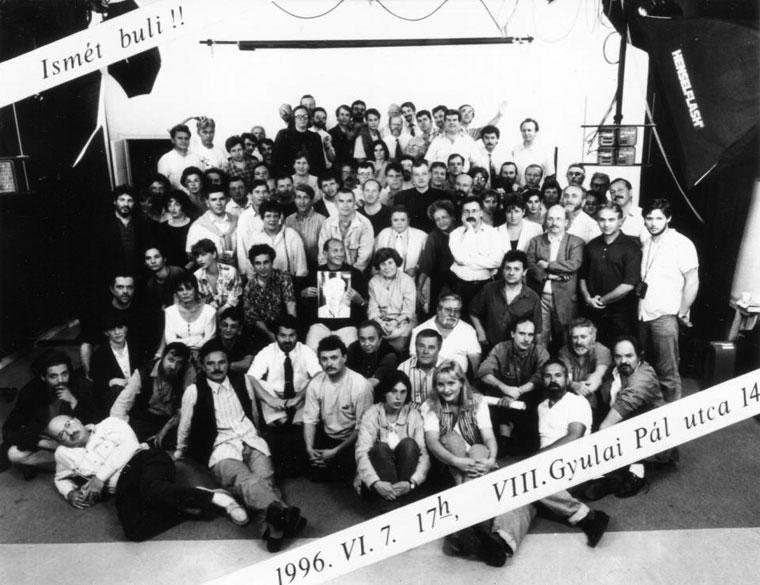 1996.06.07.-Fotósok-nagybulija-a-Gyulai-Pál-utcai-műteremben