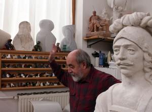 Szűcs László szobrászművész műtermében (Photo: Eifert János)