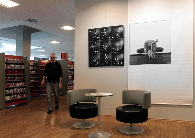 2013.04.02.-Kranj-könyvtár-Eifert-kiállítás-részlete