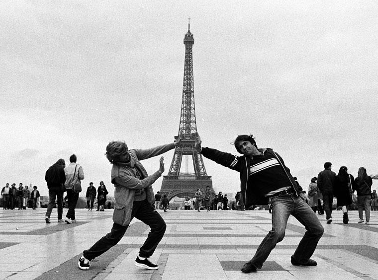 Jung Zseni és Eifert János a párizsi Eiffel-toronynál, 1983. szeptember (Ruszka László felvétele)
