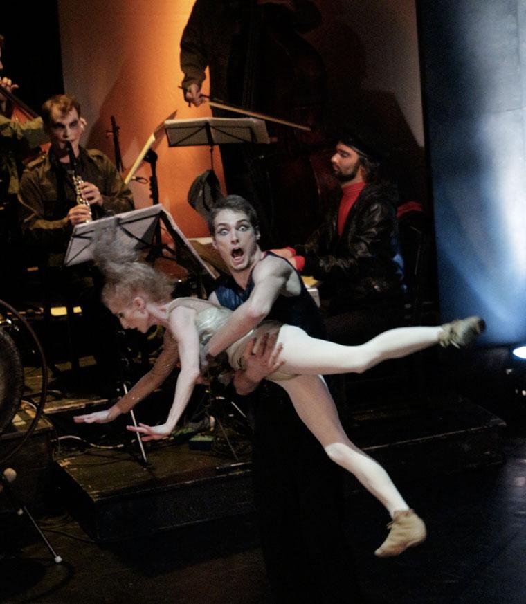 Opera amorale, Gergye Krisztián és Társulata előadásában (Photo: Eifert János)